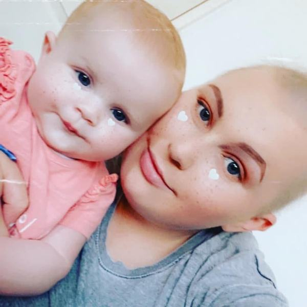 Ellie nu regreta niciun moment decizia de a amana chimioterapia