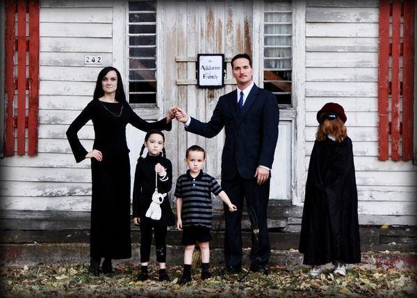 Costume haioase de Halloween pentru intreaga familie
