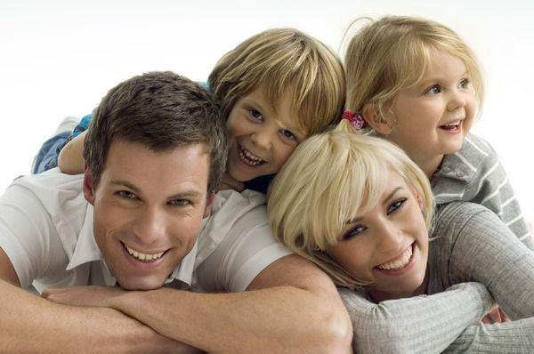 10 secrete ale familiilor fericite