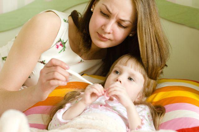 Faringita streptococica, una dintre cauzele de rosu in gat la copii