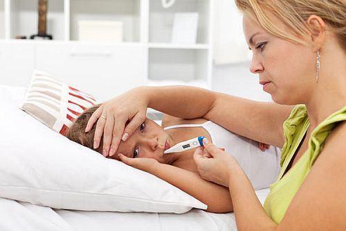 Semne alarmante in cazul convulsiilor febrile