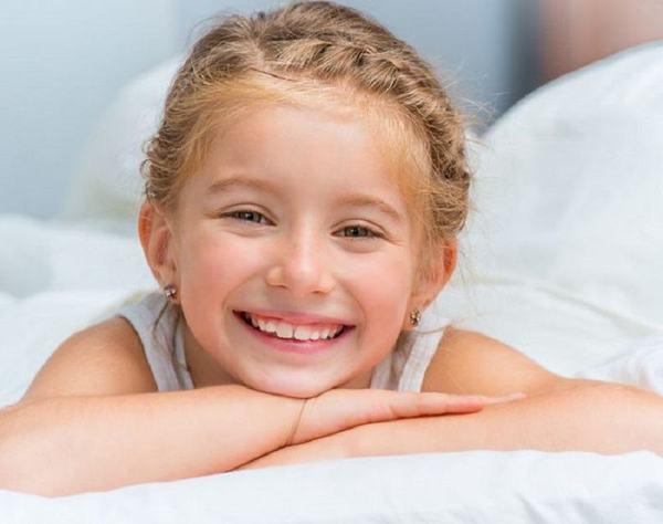 7 reguli pentru a face un copil FERICIT