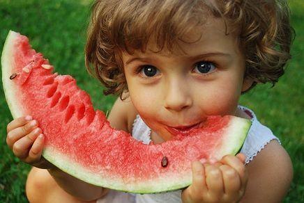 Alimente sanatoase pentru copii vara