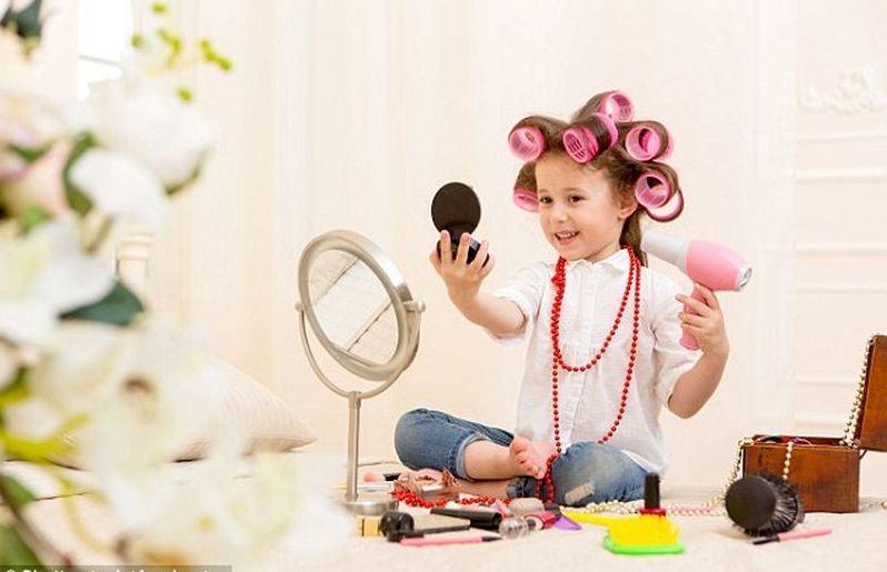 Parintii de fetite au cheltuieli cu 30% mai mari decat cei care au baieti