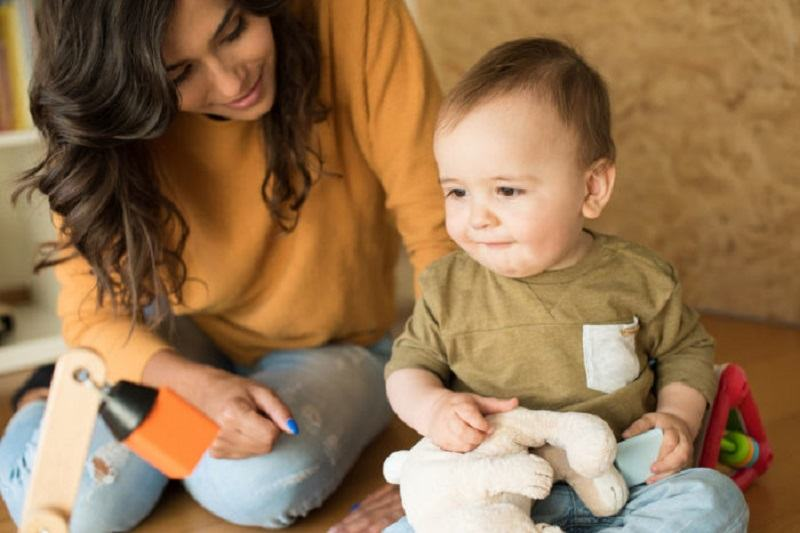 5 FRAZE Montessori pe care trebuie sa le folosesti cu copiii tai