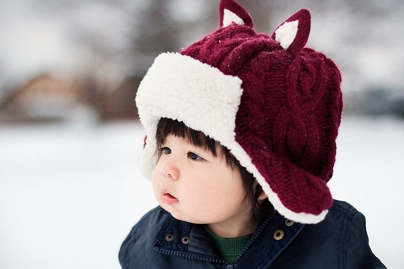 Cum imbraci corect nou-nascutii si copiii atunci cand este frig