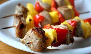 Frigarui de porc cu ananas