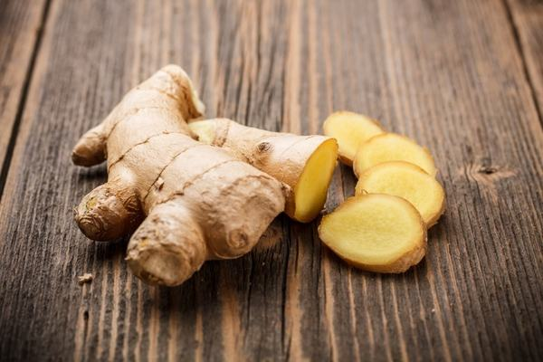 10 plante afrodisiace care stimuleaza libidoul si fertilitatea