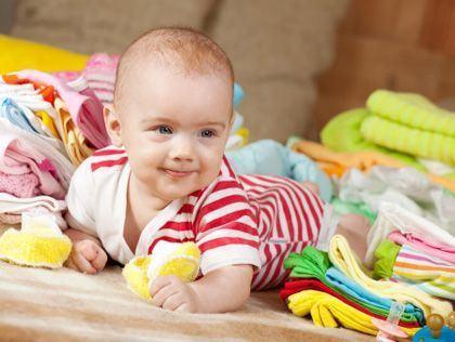 Cum imbraci un nou-nascut vara?