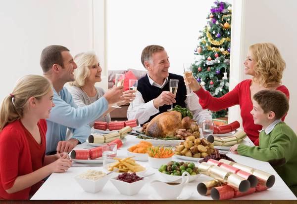 Psihologul Aurora Liiceanu: Mesele in familie intaresc legatura intre parinti si copii. Ce beneficii ignorate mai au