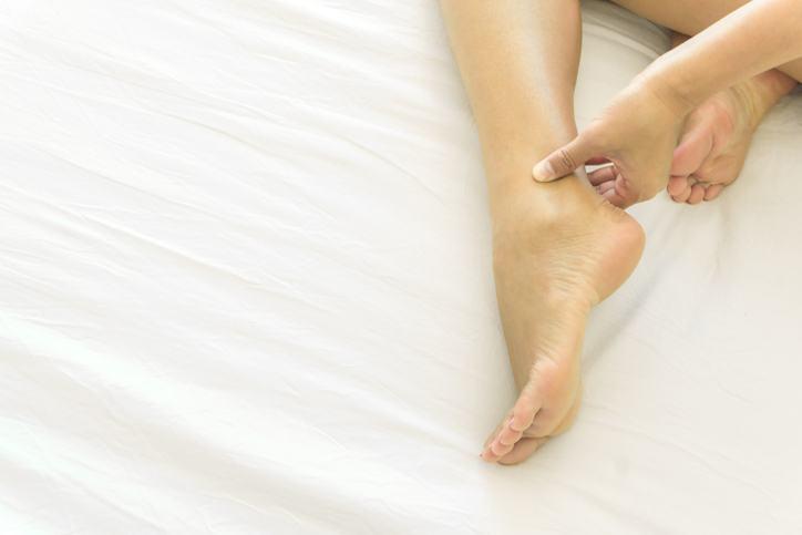 Cum scapam de picioarele umflate?