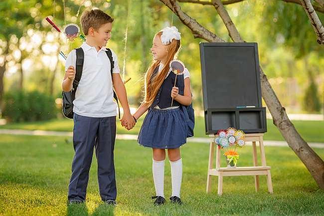 Ghidul tau in 7 pasi pentru inceperea scolii: sfaturi simple pentru mamici