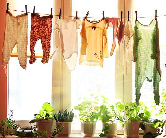 Cum poti indeparta usor petele de pe hainele copiilor