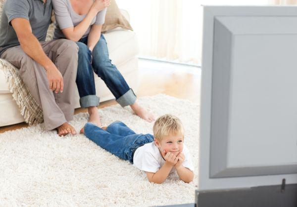 Influenta televizorului asupra bebelusilor