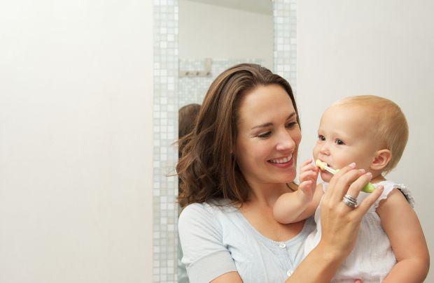 Cum ii invatam pe copii sa se spele pe dinti in functie de varsta