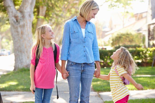 7 INTREBARI pentru a sti cu adevarat cum s-a simtit copilul tau la scoala