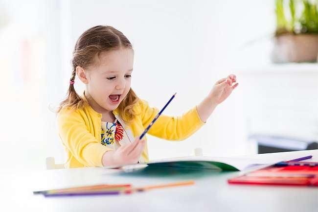 Sfaturi utile pentru mamici. Cum sa invete rolul pe care il va interpreta copilul tau la serbare?