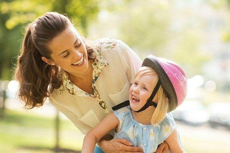 12 + 1 modalitati de a-i arata copilului tau cat de mult il iubesti