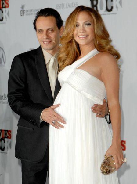Sarcina lui Jennifer Lopez, confirmata