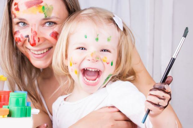 Beneficiile jocurilor de imitatie in dezvoltarea copiilor