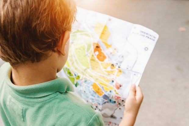 9 jocuri pentru copii cand sunt nevoiti sa astepte