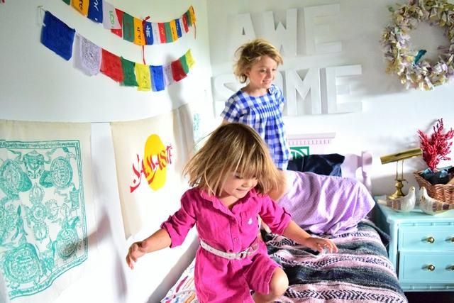 Jocuri care mentin copilul activ in casa in anotimpul rece