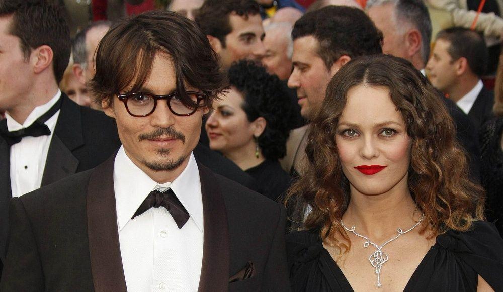 Johhny Depp a marturisit ca i-a dat droguri fiicei sale cand avea 13 ani