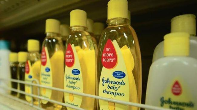 Pozitia companiei Johnson&Johnson la acuzatia ca vinde sampoane cu azbest
