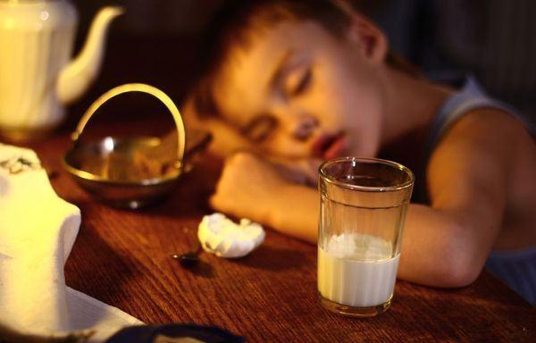De ce laptele UHT este cea mai sigura alegere pentru copii