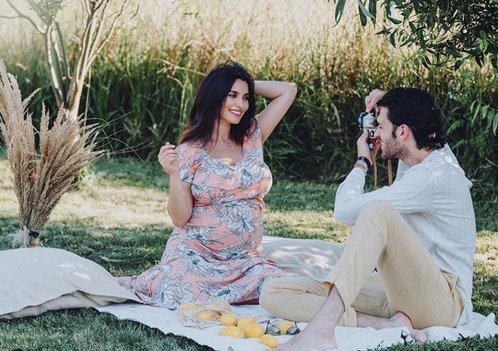 Lili Sandu a nascut! Imagine adorabila impreuna cu baietelul sau