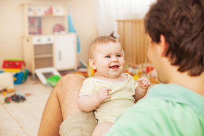 Cum vorbeste un copil in primul sau an de viata. Ce poti face tu pentru el