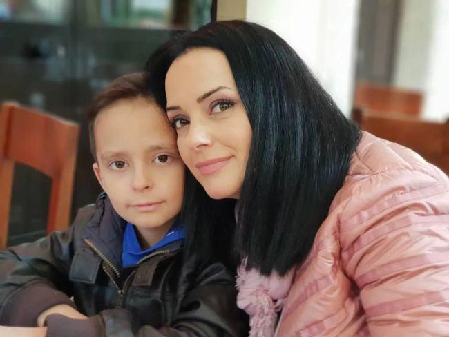 """Magda Vasiliu, din nou probleme cu birocratia: """"Baietelul meu are oasele gambei amputate"""""""