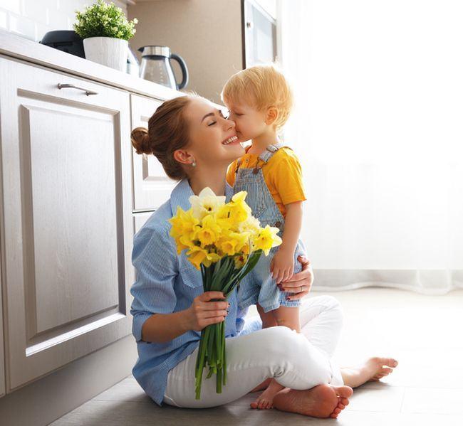 Draga fiule: pentru atunci cand nu vei mai vrea sarutari de la mama