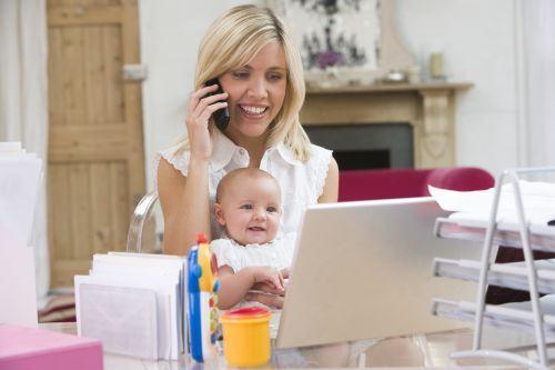 11 secrete ale mamelor care lucreaza