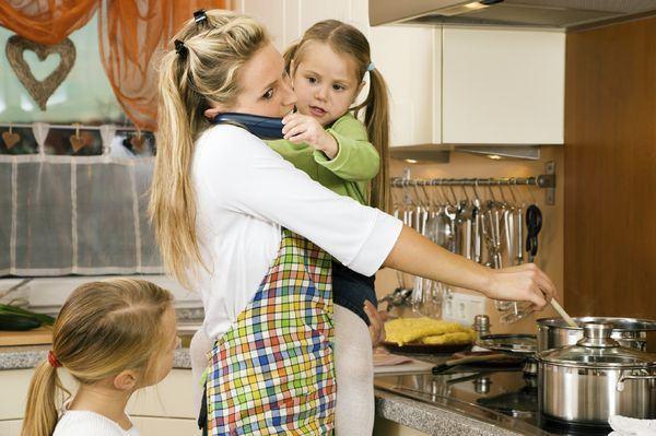 Ce sa nu spui unei mame care sta acasa