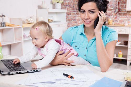 De ce sa angajezi o mama care sta acasa
