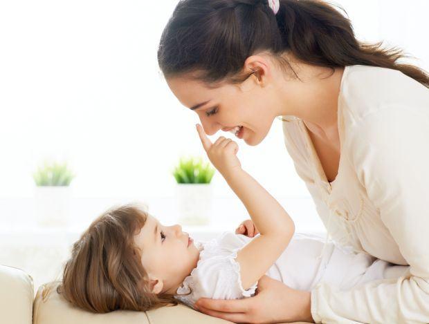 Te-ai hotarat sa renunti la serviciu? Cum sa faci mai usoara tranzitia spre rolul de mama casnica