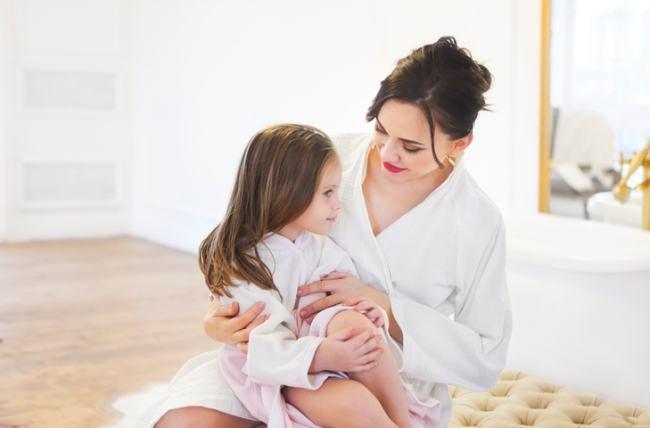 4 lucruri pe care nu le spui niciodata in fata fiicei tale