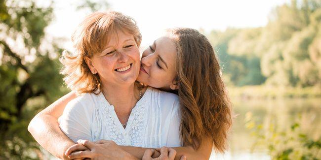 """Scrisoarea unei mame pentru mama ei: """"Acum inteleg si iti multumesc!"""""""
