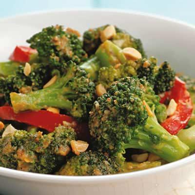 Mancare cu brocoli