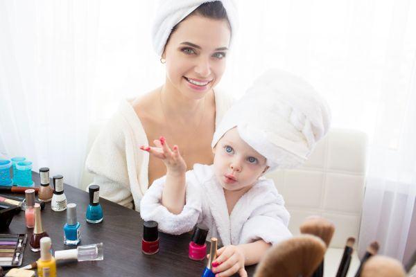 7 activitati pe care sa le faci cu fiica ta de pana in 2 ani