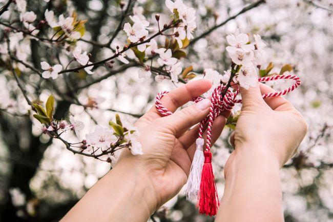Unde ne sunt traditiile de 1 Martie si 8 Martie?