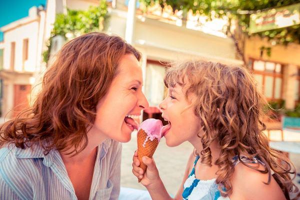 5 lucruri amuzante pe care copiii le mostenesc de la unchii si matusile lor