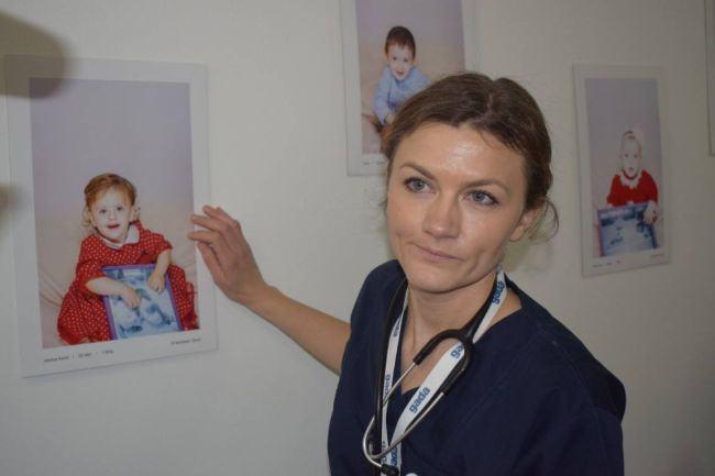 "Caz unic in Romania! Un bebelus avortat a refuzat sa moara: ""Mama ei nu a vrut sa o vada. Am tinut-o in brate"""