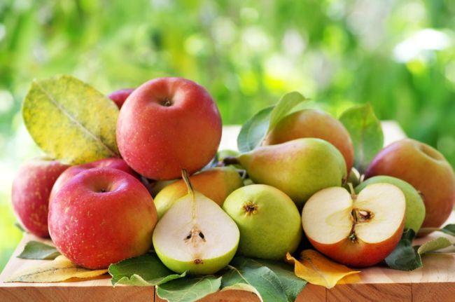 Trucuri pentru a evita oxidarea merelor si a perelor