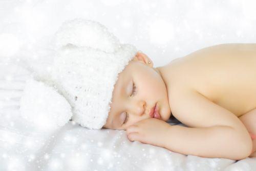 Metoda plansului controlat la bebelusi, benefica sau nu?