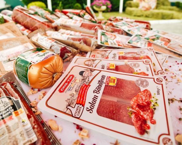 Cris-Tim isi publica procentele de carne pe ambalajele produselor