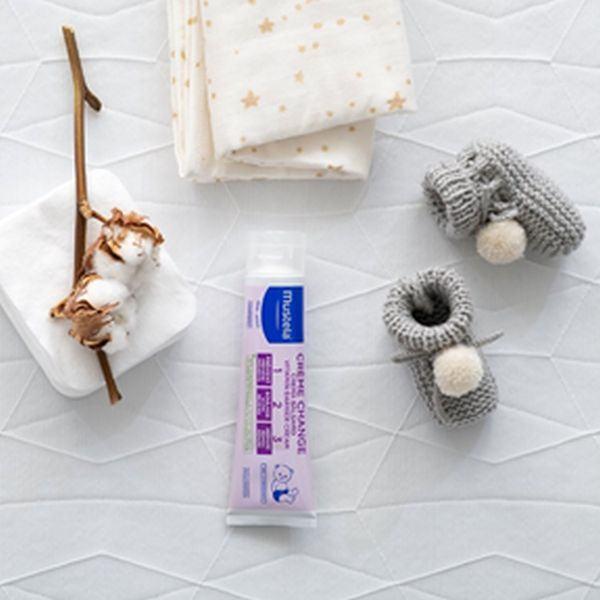 Crema Mustela bebe 123 Vitamin barrier, o optiune sigura pentru lupta cu iritatiile bebelusului