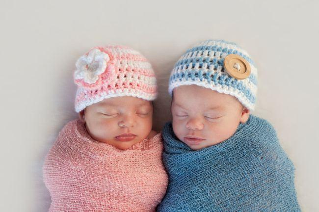 Fetele provoaca mamelor mai putina durere la nastere decat baietii