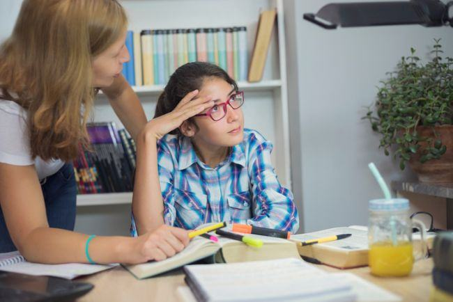 Ce faci daca adolescentul tau are note mici la scoala?